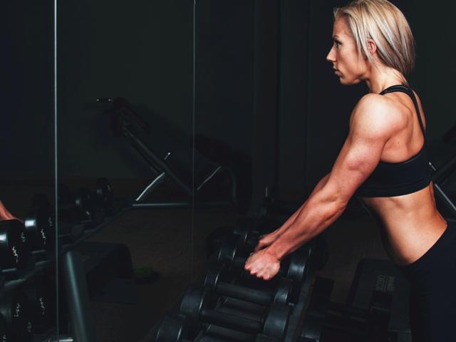 fitness gewichten vrouwen